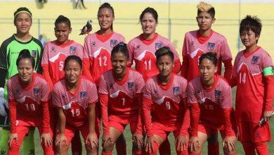 Photo of विश्व महिला फुटबलको वरियतामा नेपाल ३ स्थान माथी