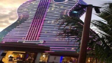 Photo of गितार जस्तै दुरुस्तै देखिन यो होटल, जहाँ एक रात बसेकै ७० हजार तिर्नुपर्छ