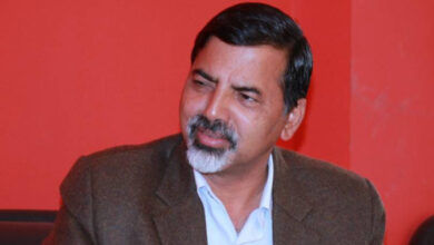 Photo of दलका शीर्ष नेताहरुलाई जनार्दन शर्माको सुझाव : 'आफू हारेर पार्टीलाई बँचाएर भन म नेता हुँ'