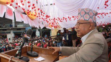 Photo of ओली कम्युनिस्टको नाममा कुलङ्गार हुन्ः माधव नेपाल
